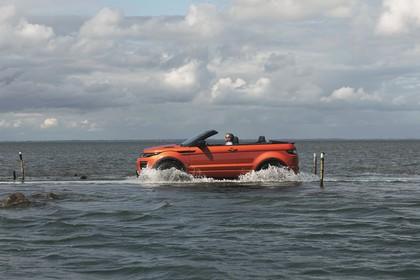 Land Rover Range Rover Evoque Cabrio L538 Aussenansicht Seite dynamisch orange