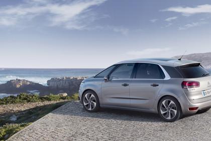 Citroën C4 Picasso 2 Aussenansicht Seite schräg statisch silber