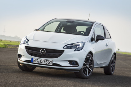 Opel Corsa E Dreitürer Aussenansicht Front schräg statisch weiss