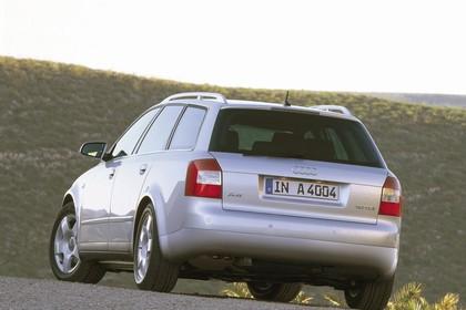 Audi A4 Avant B6 Aussenansicht Heck statisch silber