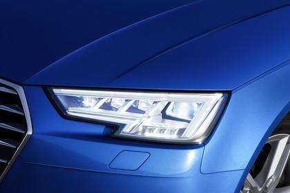 Audi A4 Limousine B9Aussenansicht Detail LED-Scheinwerfer statisch blau