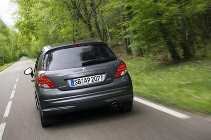 Peugeot 207 Facelift Aussenansicht Heck dynamisch grau