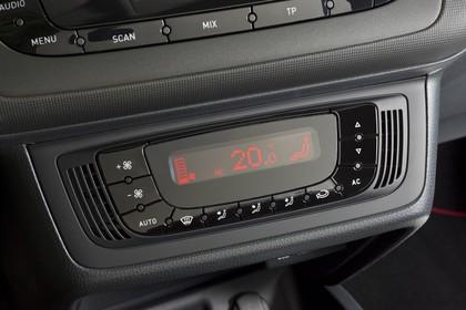 SEAT Ibiza ST 6P Innenansicht Klimatronik