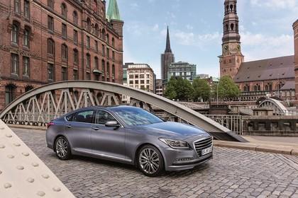 Hyundai Genesis DH Aussenansicht Front schräg statisch grau