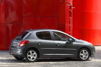 Peugeot 207 Facelift Aussenansicht Seite statisch grau