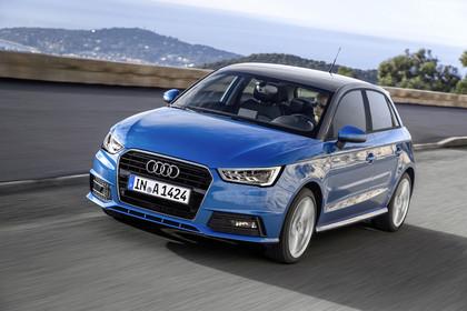 Audi A1 Sportback Aussenansicht Front schräg dynamisch blau