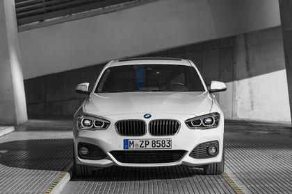 BMW 1er F20 Facelift Aussenansicht Front statisch weiß