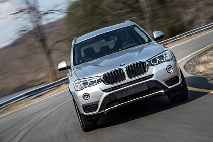BMW X3 F25 Facelift Aussenansicht Front  dynamisch silber