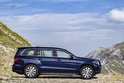 Mercedes-Benz GLS X166 Aussenansicht Seite statisch blau