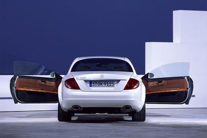 Mercedes CL C216 Aussenansicht Heck statisch weiß