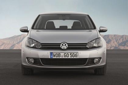 VW Golf 6 Fünftürer Aussenansicht Front statisch silber