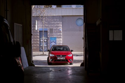 SEAT Ibiza Aussenansicht Front statisch rot