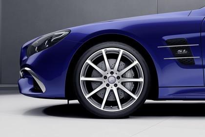 Mercedes SL R231 Aussenansicht Studio Detail Felgen statisch blau