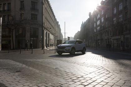 Hyundai Santa Fee DM Aussenansicht Front schräg statisch weiß