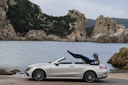 Mercedes-Benz E-Klasse Cabriolet A238 Aussenansicht Seite statisch beige