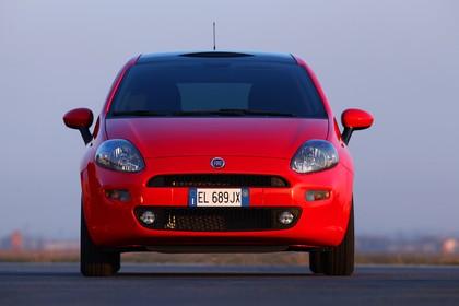Fiat Punto Evo 199 Aussenansicht Front statisch rot