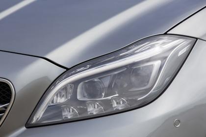 Mercedes-AMG CLS  Shooting Brake X218 Aussenansicht Detail Scheinwerfer statisch silber