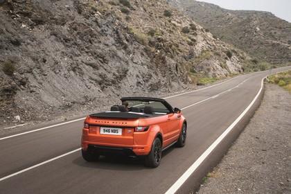 Land Rover Range Rover Evoque Cabrio L538 Aussenansicht Heck schräg statisch orange
