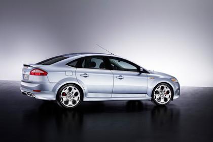 Ford Mondeo Mk4 Aussenansicht Seite schräg statisch Studio silber
