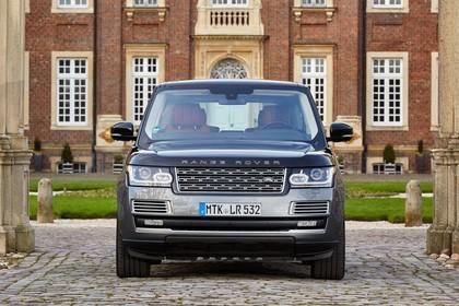 Land Rover Range Rover 4 Aussenansicht Front statisch grau