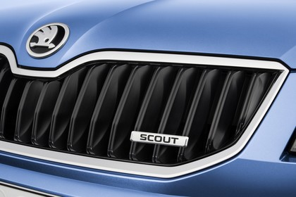 Skoda Octavia Scout Combi 5E Front Grill detail statisch blau