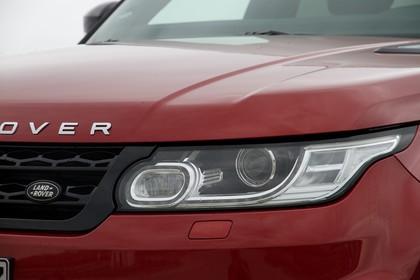 Land Rover Range Rover Sport LW Aussenansicht Detail statisch rot Scheinwerfer