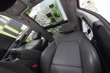 Hyundai Santa Fee DM Innenansicht Detail statisch schwarz Panoramadach