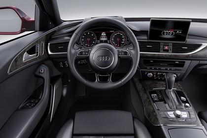 Audi A6 C7 Innenansicht Fahrerposition Studio statisch schwarz