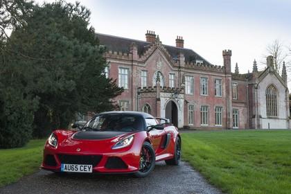Lotus Exige Sport 350 Aussenansicht Front schräg statisch rot