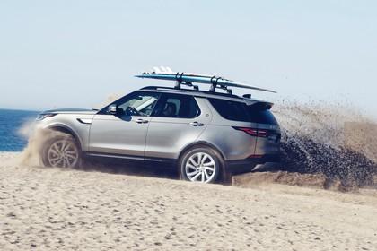 Land Rover Discovery LR Aussenansicht Seite dynamisch grau