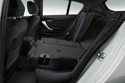 BMW 1er F20 Facelift Innenansicht Rücksitzbank umklappbar schwarz