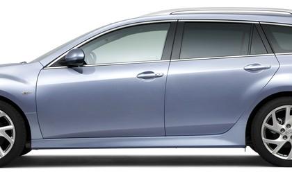 Mazda 6 Kombi GH Studio Aussenansicht Seite statisch silber