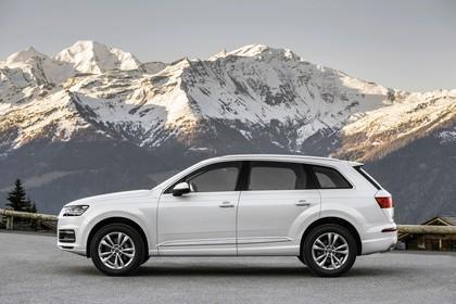 Audi Q7 4M Aussenansicht Seite statisch weiss