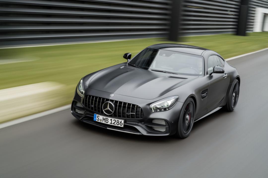Mercedes Amg Gt C190 Aussenansicht Front Erhöht Dynamisch Grau