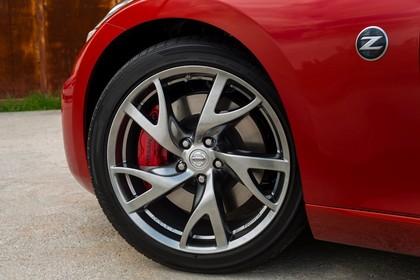 Nissan 370Z Z34 Aussenansicht Seite schräg statisch Detail Felge vorne links