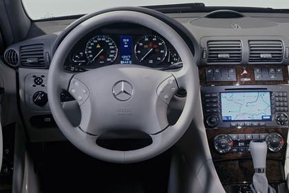 C-Klasse T-Modell S 203 Studio Innenansicht Fahrerposition statisch grau