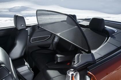 Land Rover Range Rover Evoque Cabrio L538 Innenansicht Detail statisch schwarz Windschott