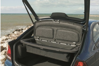 BMW 3er Compact E46 Innenansicht statisch Kofferraum