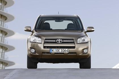 Toyota RAV4 XA3 Facelift Aussenansicht Front statisch braun
