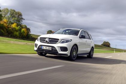 Mercedes-AMG GLE W166 Aussenansicht Front dynamisch weiss