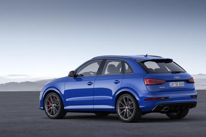 Audi RSQ3 8U Aussenansicht Heck statisch blau
