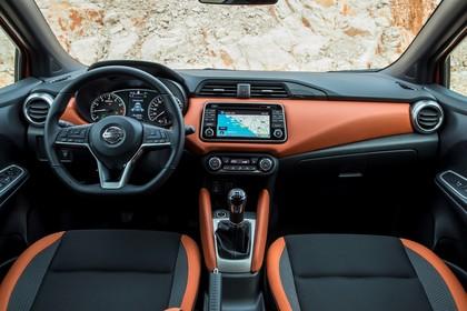 Nissan Micra K14 Innenansicht statisch Vordersitze und Armaturenbrett