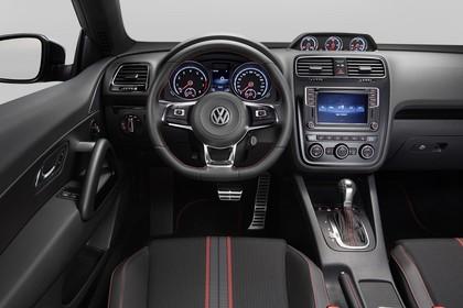 VW Scirocco Typ 13 GTS Innenansicht Fahrerposition Studio statisch schwarz