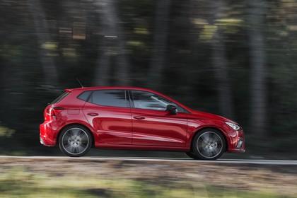 SEAT Ibiza Aussenansicht Seite dynamisch rot