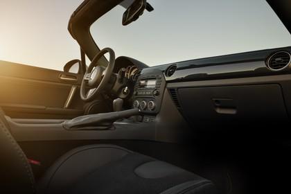 Mazda MX-5 NC Innenansicht Beifahrerposition statisch schwarz