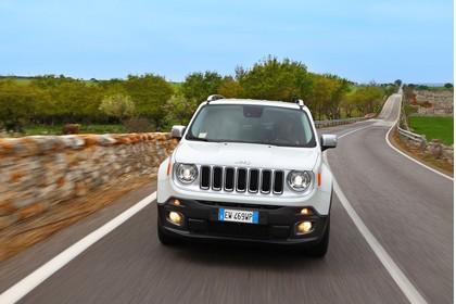 Jeep Renegade (BU) Aussenansicht Front dynamisch weiß