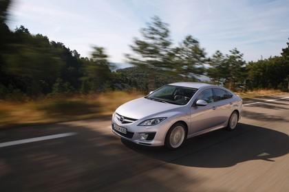 Mazda 6 Limousine GH Aussenansicht Front schräg dynamisch silber