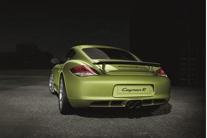 Porsche Cayman R 987 Aussenansicht Heck schräg statisch Studio grün