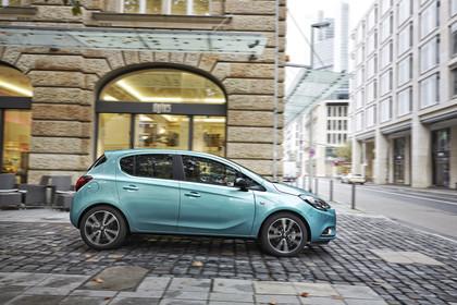 Opel Corsa E 5Türer  Aussenansicht Seite statisch türkis