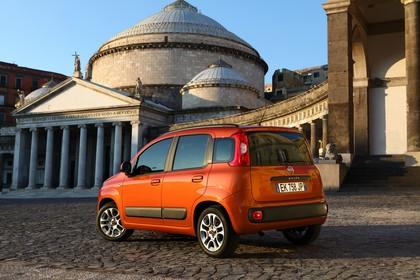 Fiat Panda 319 Aussenansicht Heck schräg statisch orange